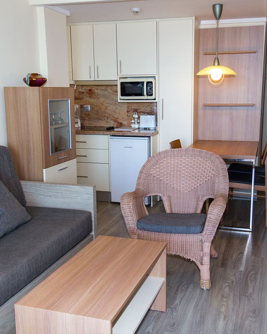 salon-apartamento-les-dunes-suites